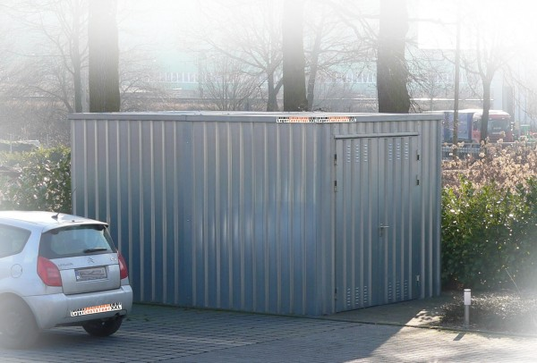 Leichtbauhalle - Blechhalle mit Einflügeltür (BxLxH) 4200 x 3100 x 2100